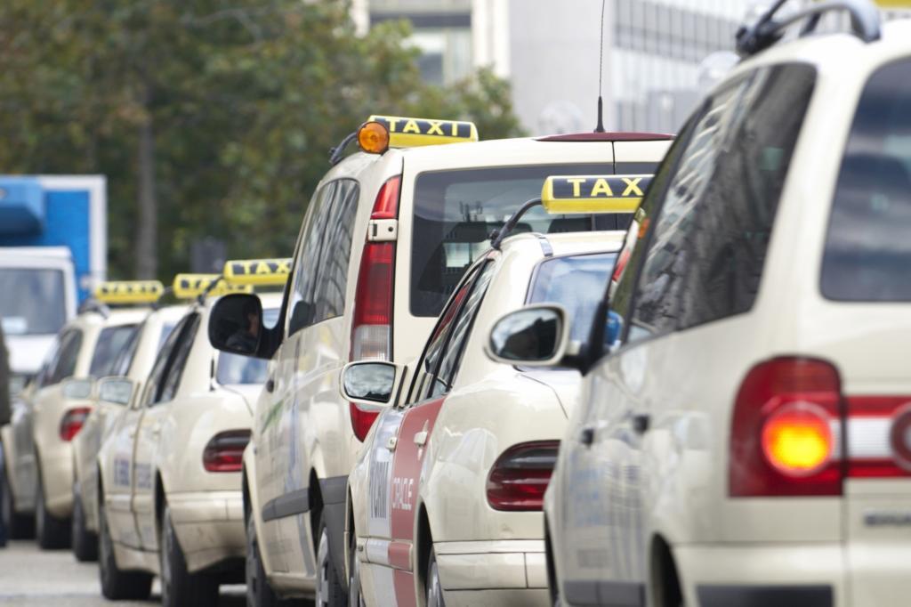 Taxis müssen vorläufig keine Konkurrenz von Uber fürchten