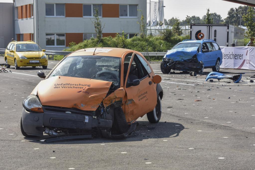 Unfallforscher: Überholen auf 80 Prozent der Landstraßen verbieten