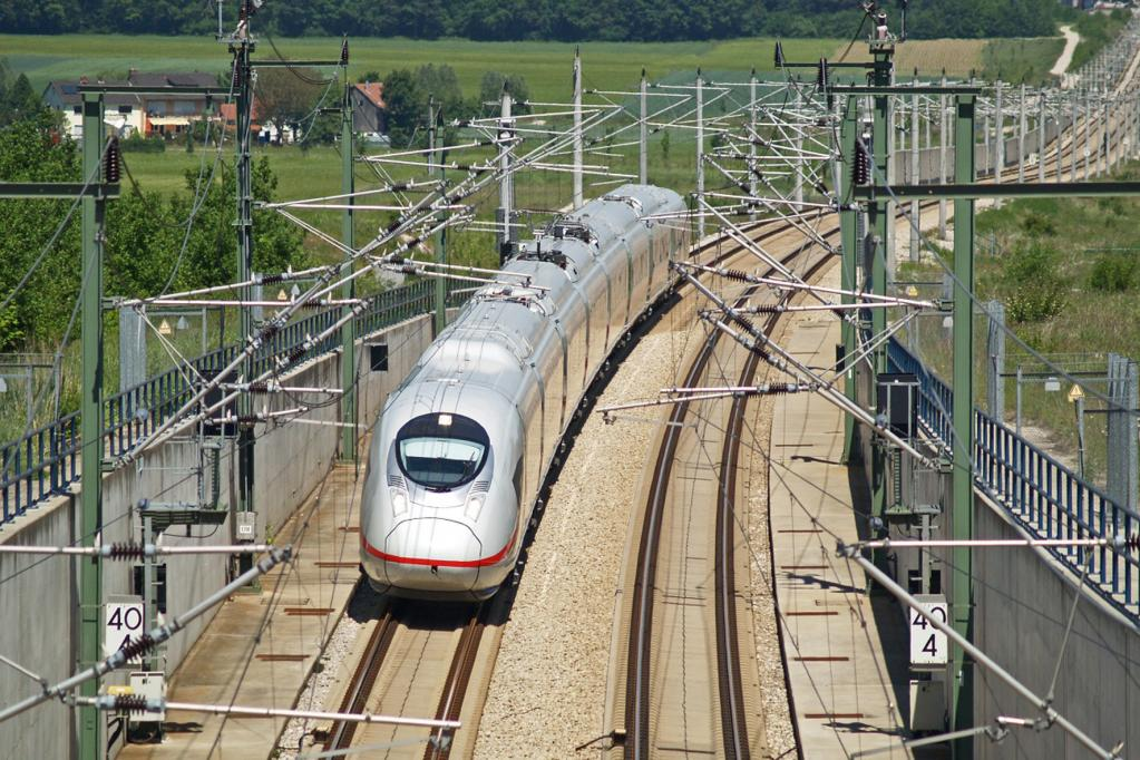 Vision: Kostenloses Internet für die Bahn