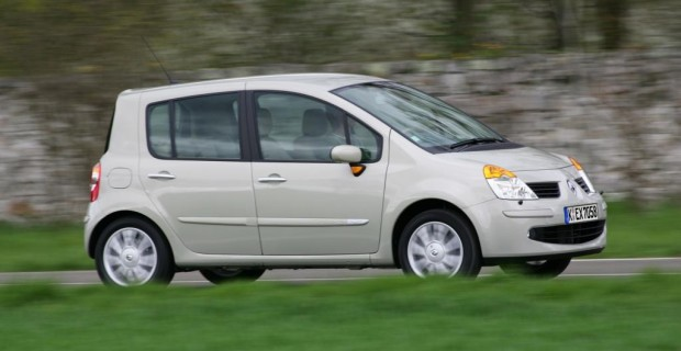 Vor dem Facelift war der Renault sehr eng geschnitten
