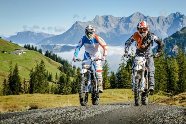 Zwei Jahre später als geplant kommt im Herbst KTMs erstes Elektro-Zweirad auf den Markt, die Freeride E