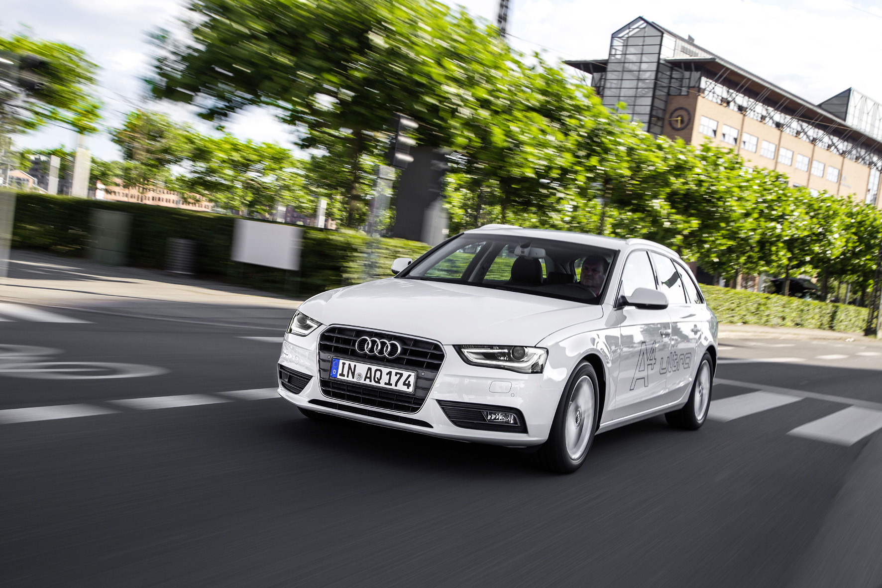 Sprachsteuerung im Auto: Audi A 4 Avant Testsieger