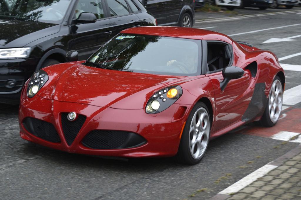 Erwischt: Erlkönig Alfa Romeo 4C Quadrifoglio
