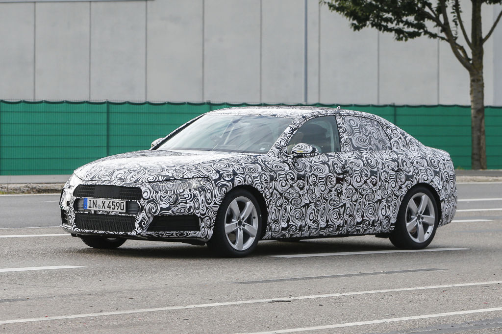 Erwischt: Erlkönig Audi A4 B9
