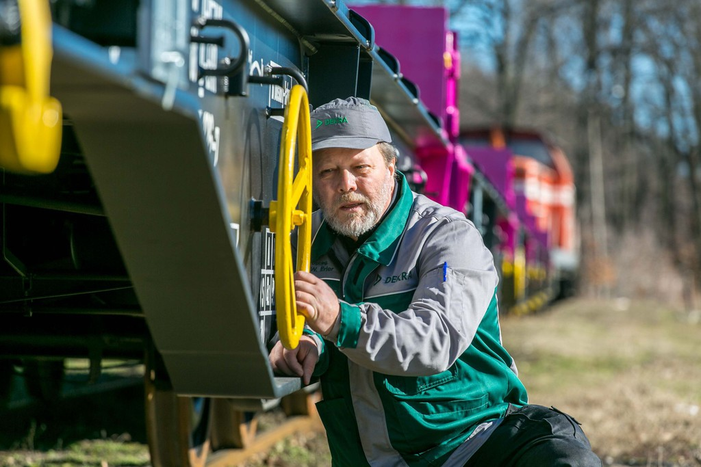 Dekra Rail übernimmt Plurel