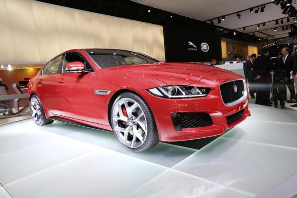 Paris 2014: Jaguar XE startet mit 200 PS bei 36 450 Euro