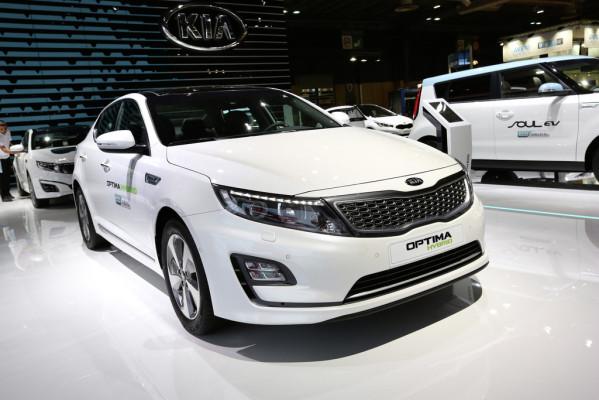 Paris 2014: Kia Optima als Diesel-Hybrid