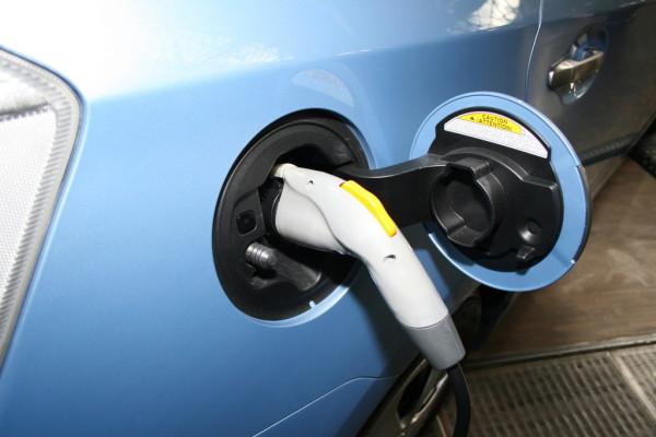 BASt untersucht Einstellung zur Elektromobilität
