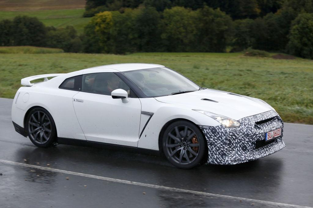 Erwischt: Erlkönig Nissan GT-R