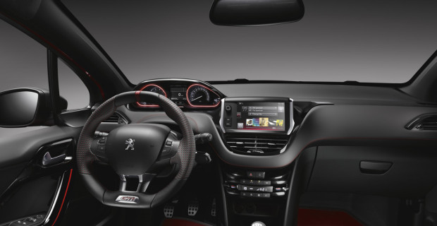 Peugeot 208 GTi 30th ist in 6,5 Sekunden auf 100