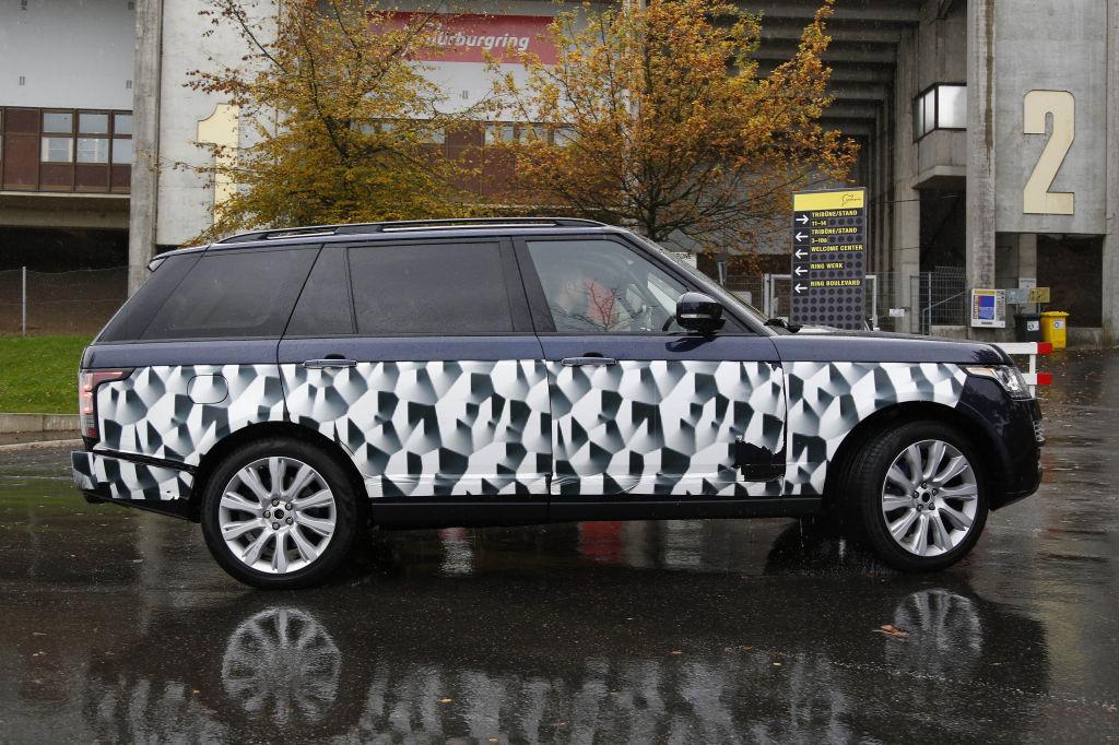 Erwischt: Erlkönig Range Rover LWB SVR