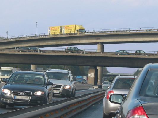 Stauprognose: Dichter Verkehr