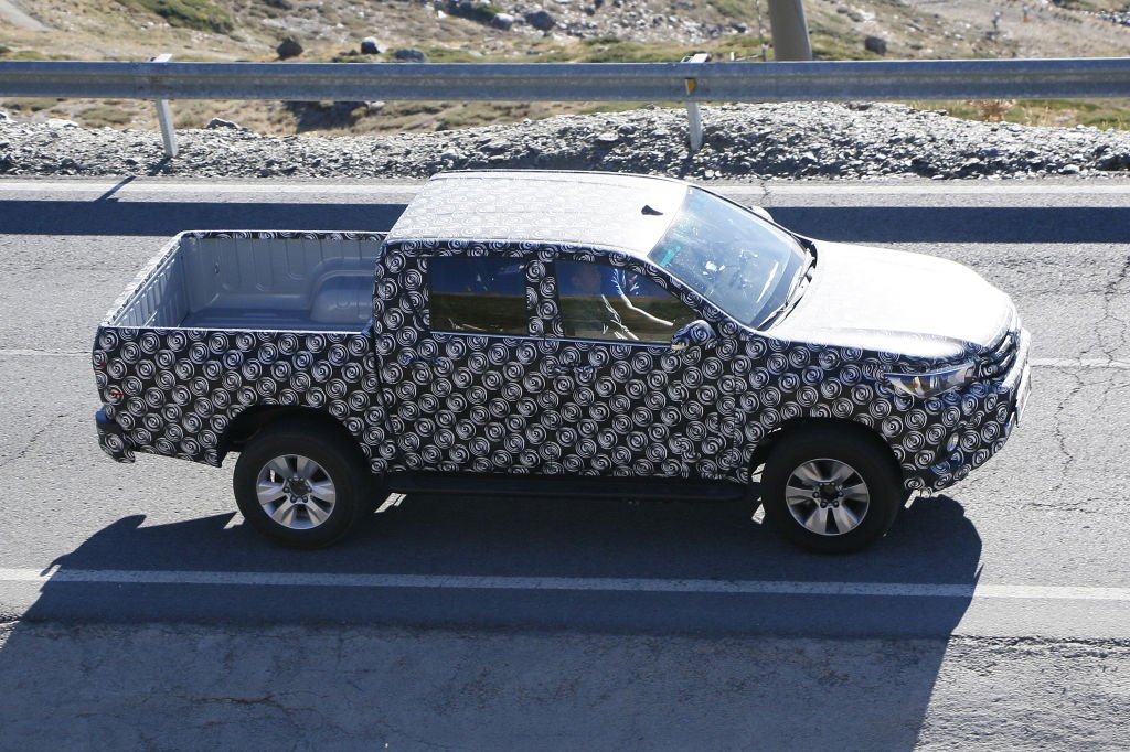 Erwischt: Erlkönig Toyota Hilux