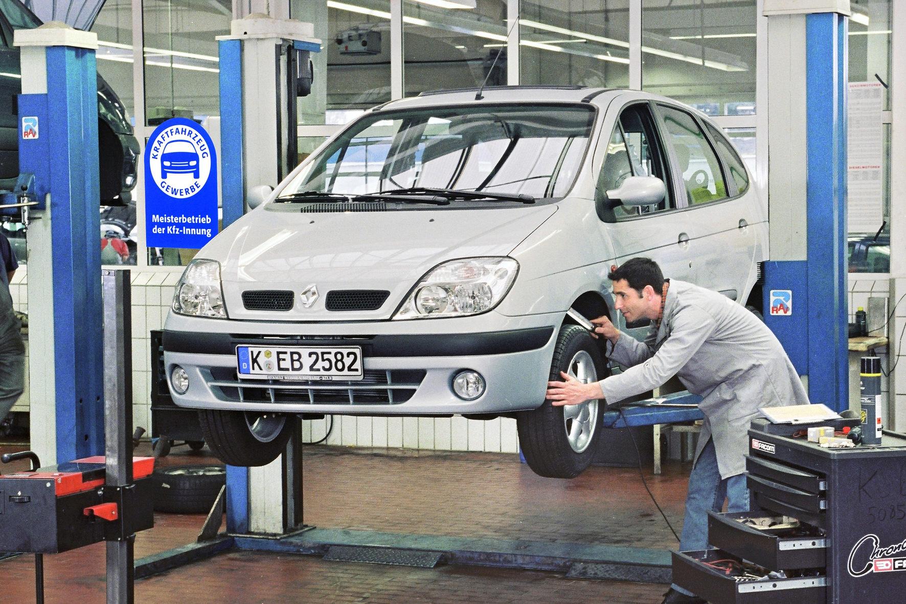 Auto-Reparaturen: Immer mehr Hobby-Mechaniker