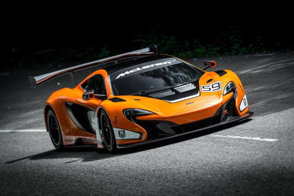 Härtetest für neuen McLaren-Rennwagen