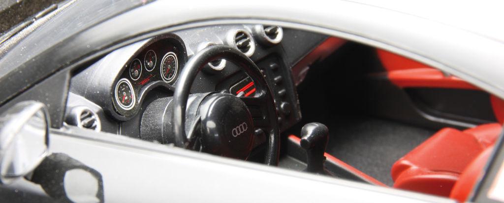 auto.de-Weihnachtsgewinnspiel: Jamara Audi TT 1:14