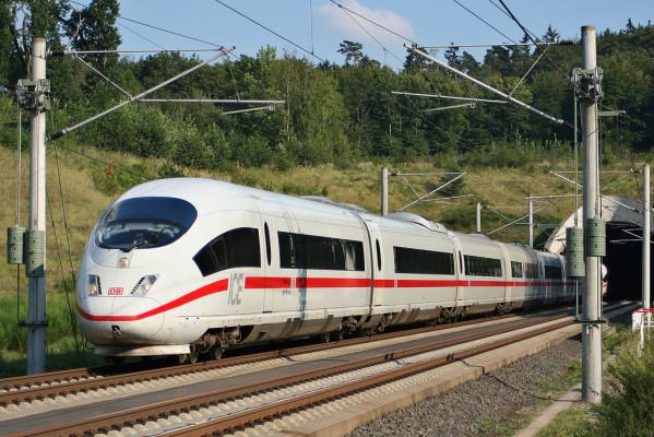 Zulassung von Eisenbahnfahrzeugen soll schneller gehen