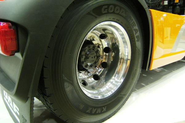 Praxistest für Lkw-Reifen