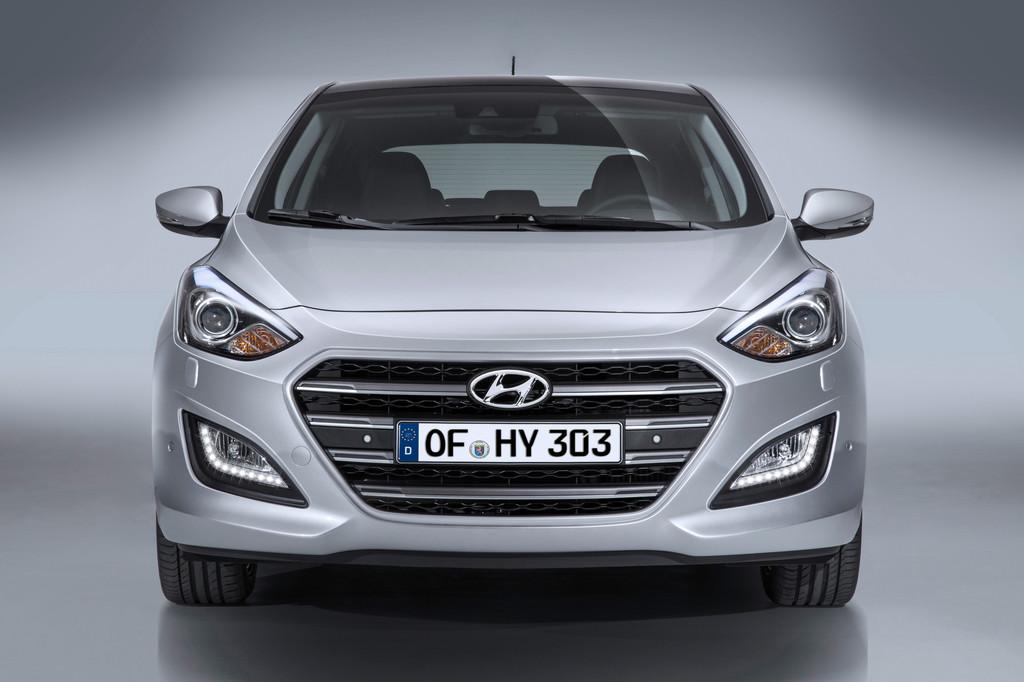 Hyundai i30 und i40 bekommen Facelift