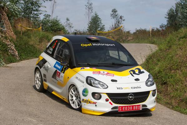 Opel Adam R2 erfolgreich in der Rallye-Meisterschaft