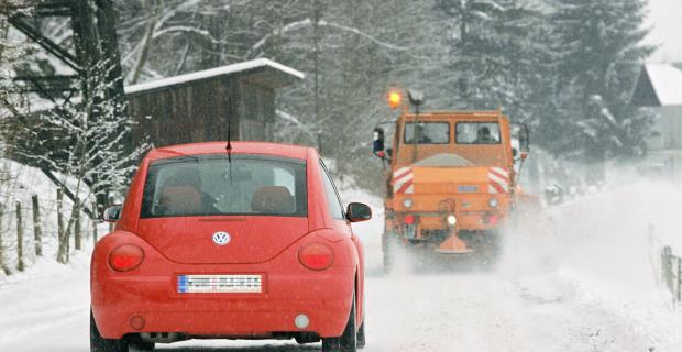 Achtung Räumfahrzeug - Tipps für Autofahrer