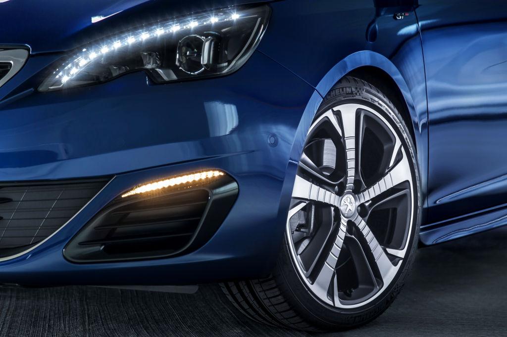 Erste Fahrt im Peugeot 308 GT: Umwelt-Primus kann fauchen