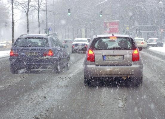 So pflegen Sie ihr Auto im Winter