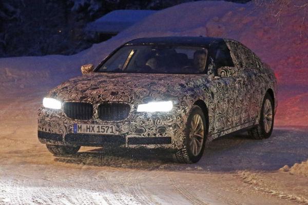 Erwischt: Erlkönig BMW 7er - Elegant durch Dunkelheit und Schnee