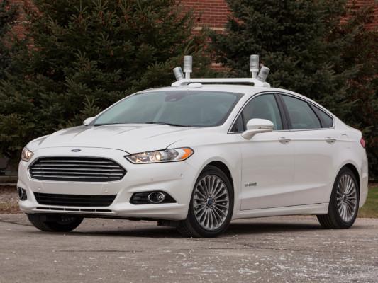 Auf der CES 2015 lotet Ford zukünftige Mobilität aus