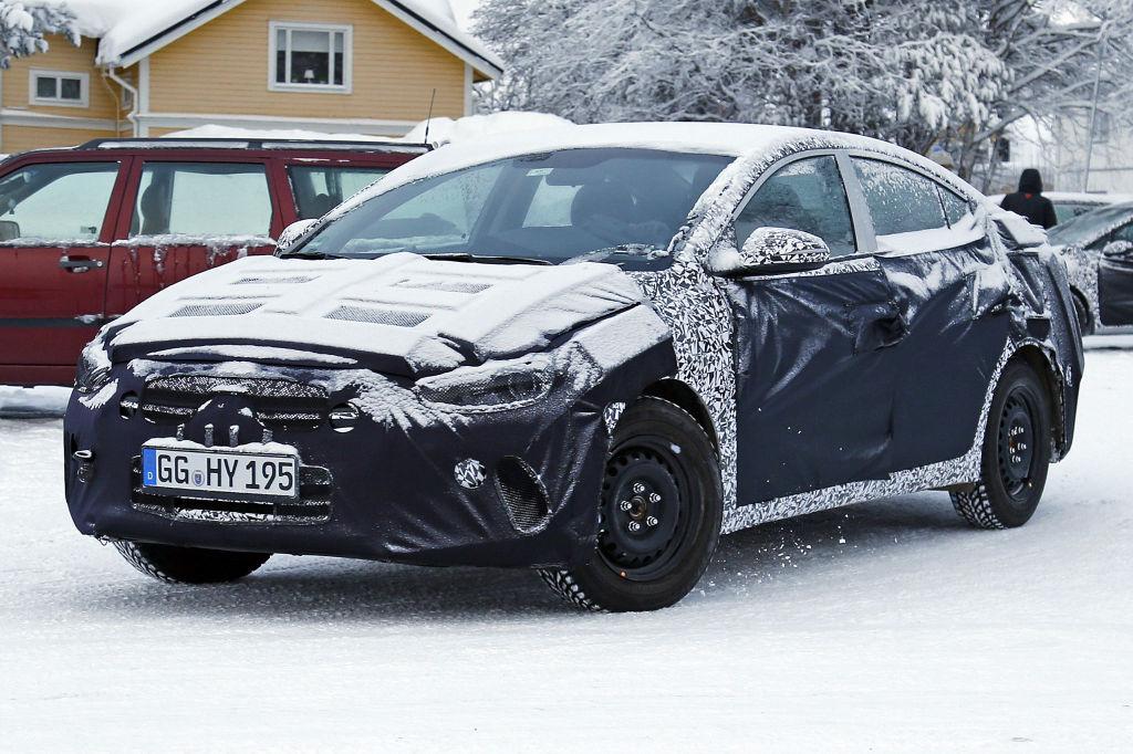 Erwischt: Erlkönig Hyundai Elantra