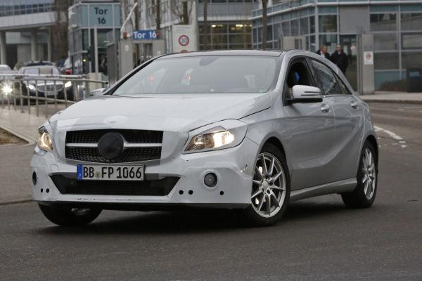 Erwischt: Erlkönig Mercedes-Benz A-Klasse Facelift