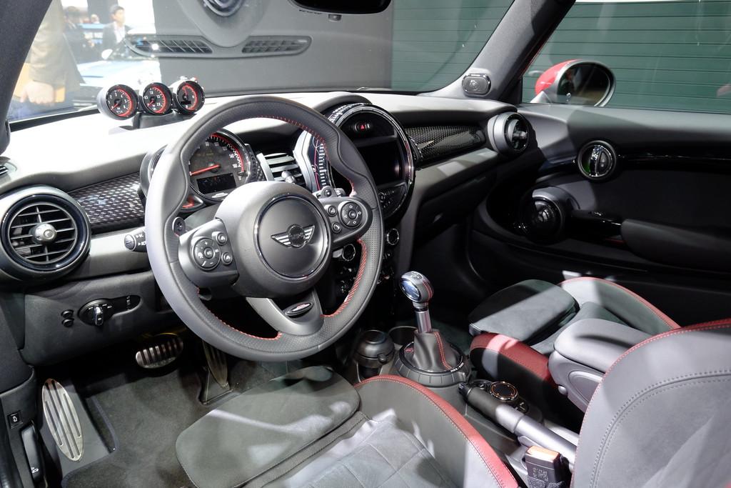 Detroit 2015: Mini John Cooper Works hat jetzt 231 PS