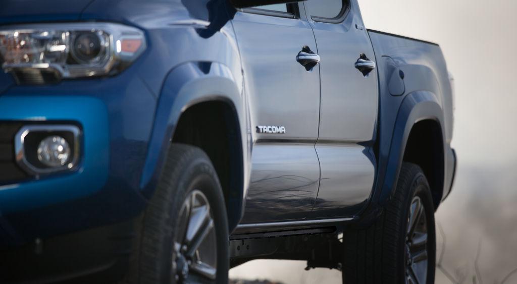 Detroit 2015 - Toyota läßt den Tacoma los