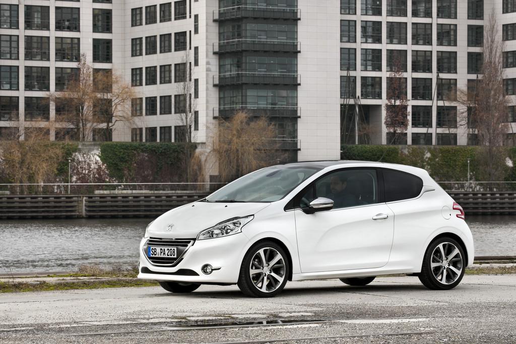 Neue Motoren für Peugeot 208