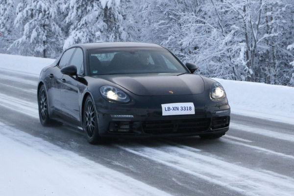 Erwischt: Erlkönig Porsche Panamera
