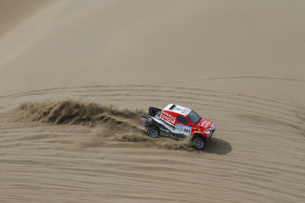 Dakar 2015: Fünf Mini in den Top Ten