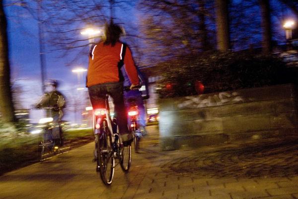 Alkohol auf dem Fahrrad: ADAC warnt Politiker