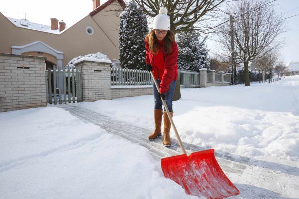 Umfrage: Männer im Winter standfester als Frauen