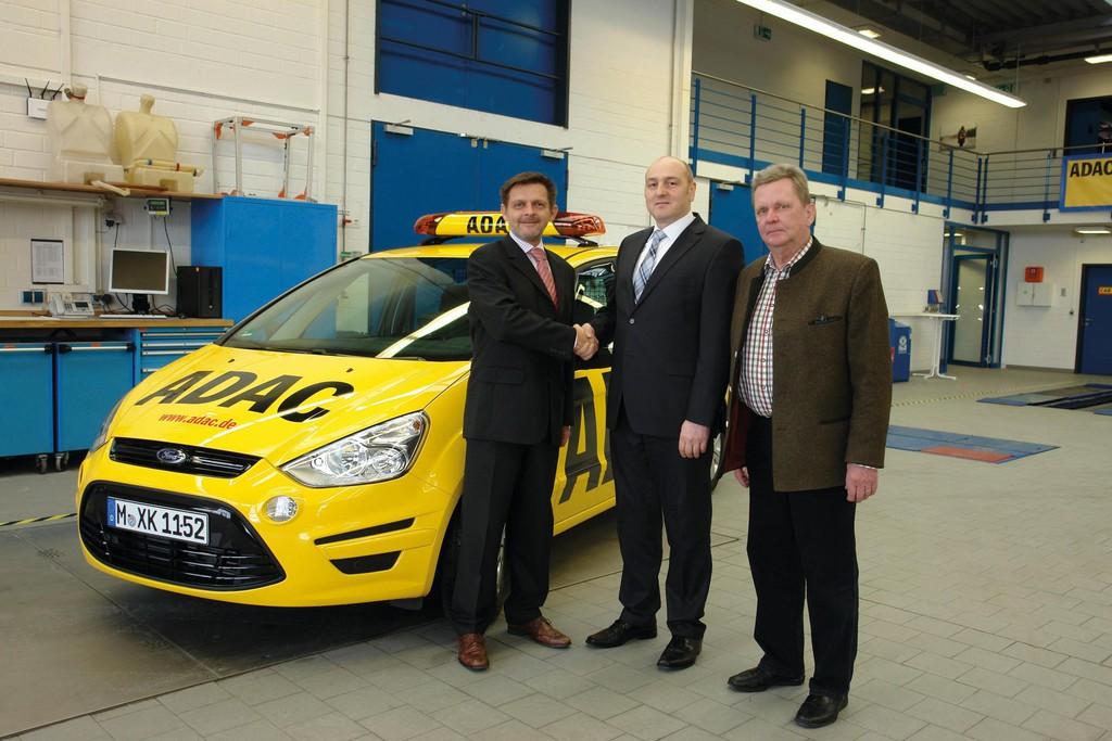 1000ster Ford S-Max für die ADAC-Straßenwacht
