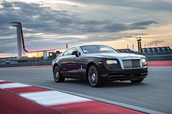 Exklusiv: Rolls-Royce auf der Rennstrecke erwischt