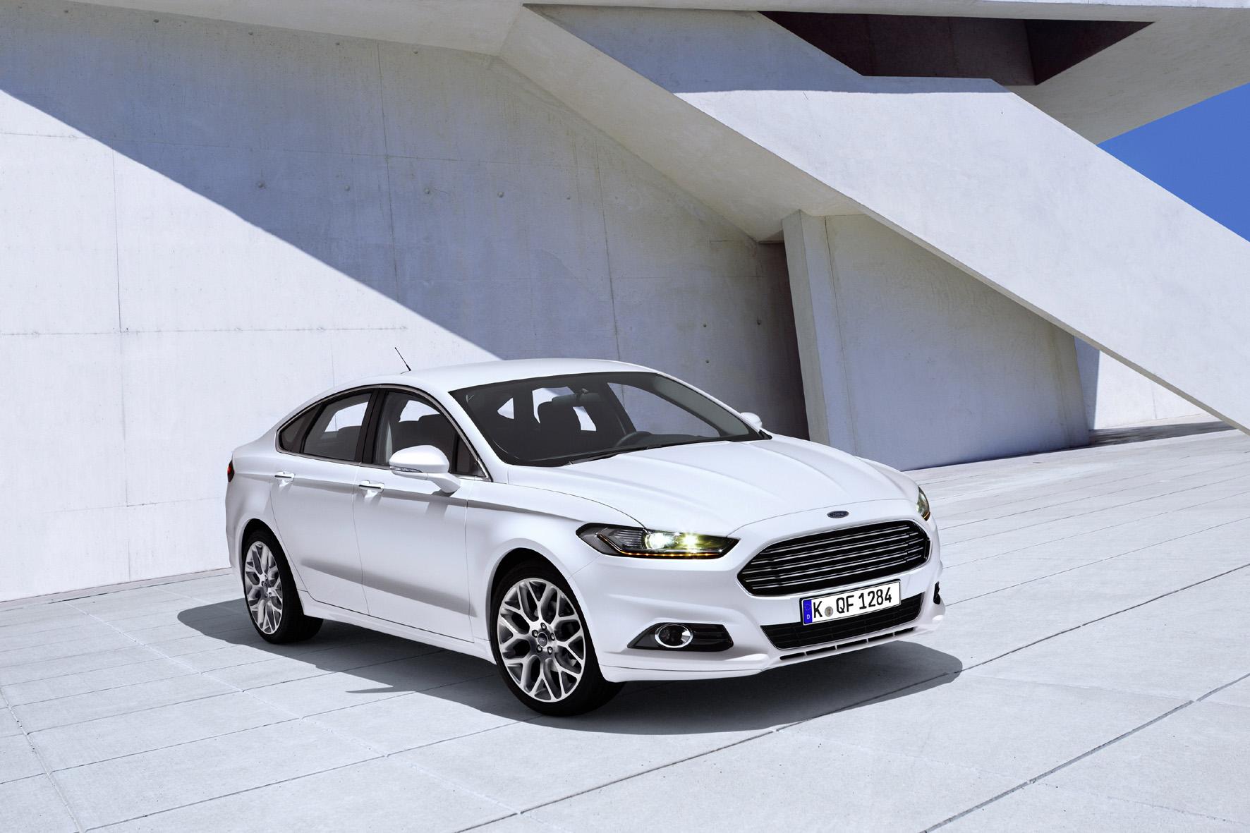 Gurt und Airbag werden eins im neuen Ford Mondeo
