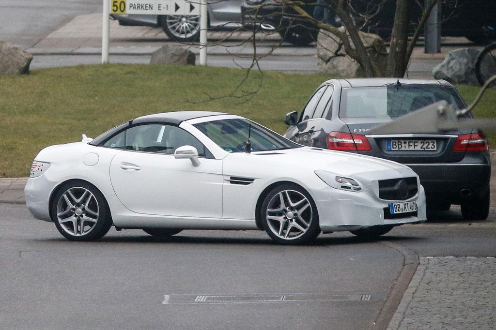 Erwischt: Erlkönig Mercedes-Benz SLK Facelift (SLC)