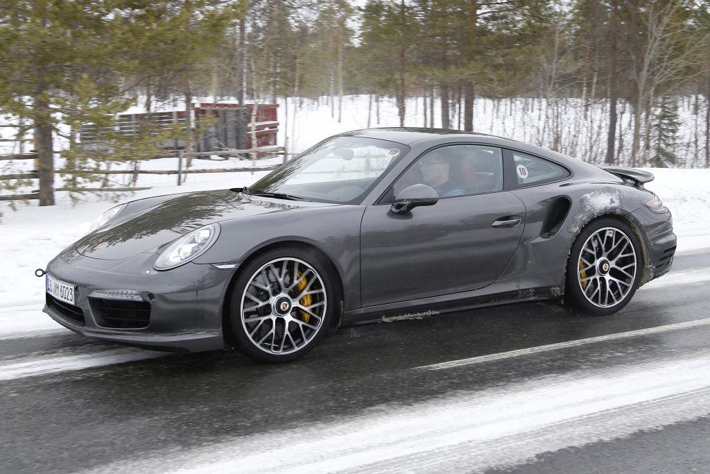 Erwischt: Erlkönig Porsche 911 Turbo Facelift