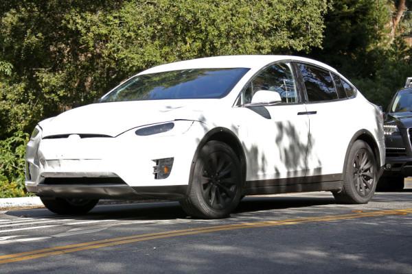 Erlkönig Tesla Modell X