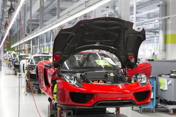 Porsche 918 Spyder: Traumauto in Handarbeit
