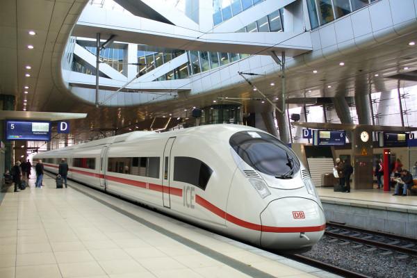 Bahn-Fernverkehr auf dem absteigenden Ast?