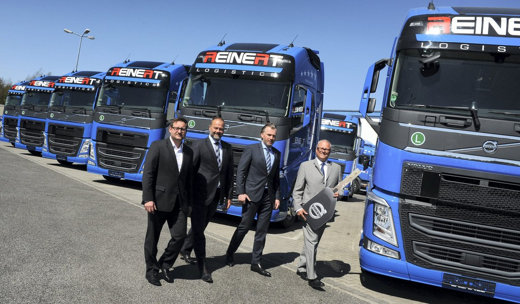 50 Volvo FH für Reinert Logistics