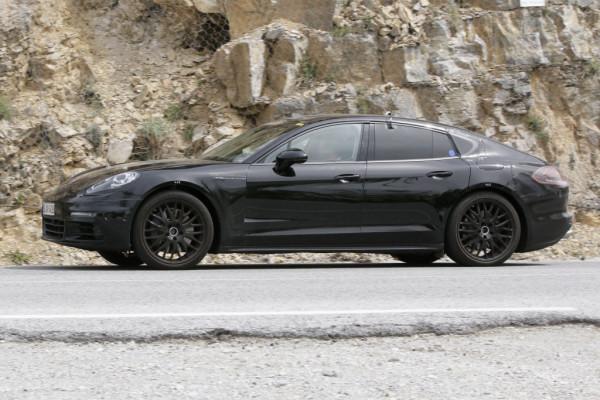Erwischt: Erlkönig Porsche Panamera Hybrid