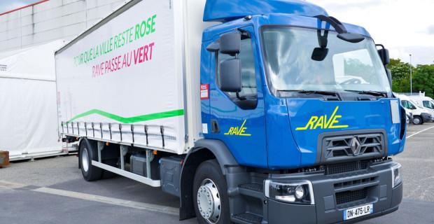 Renault Trucks liefert sechs Biodiesel-Lkw an Airbus