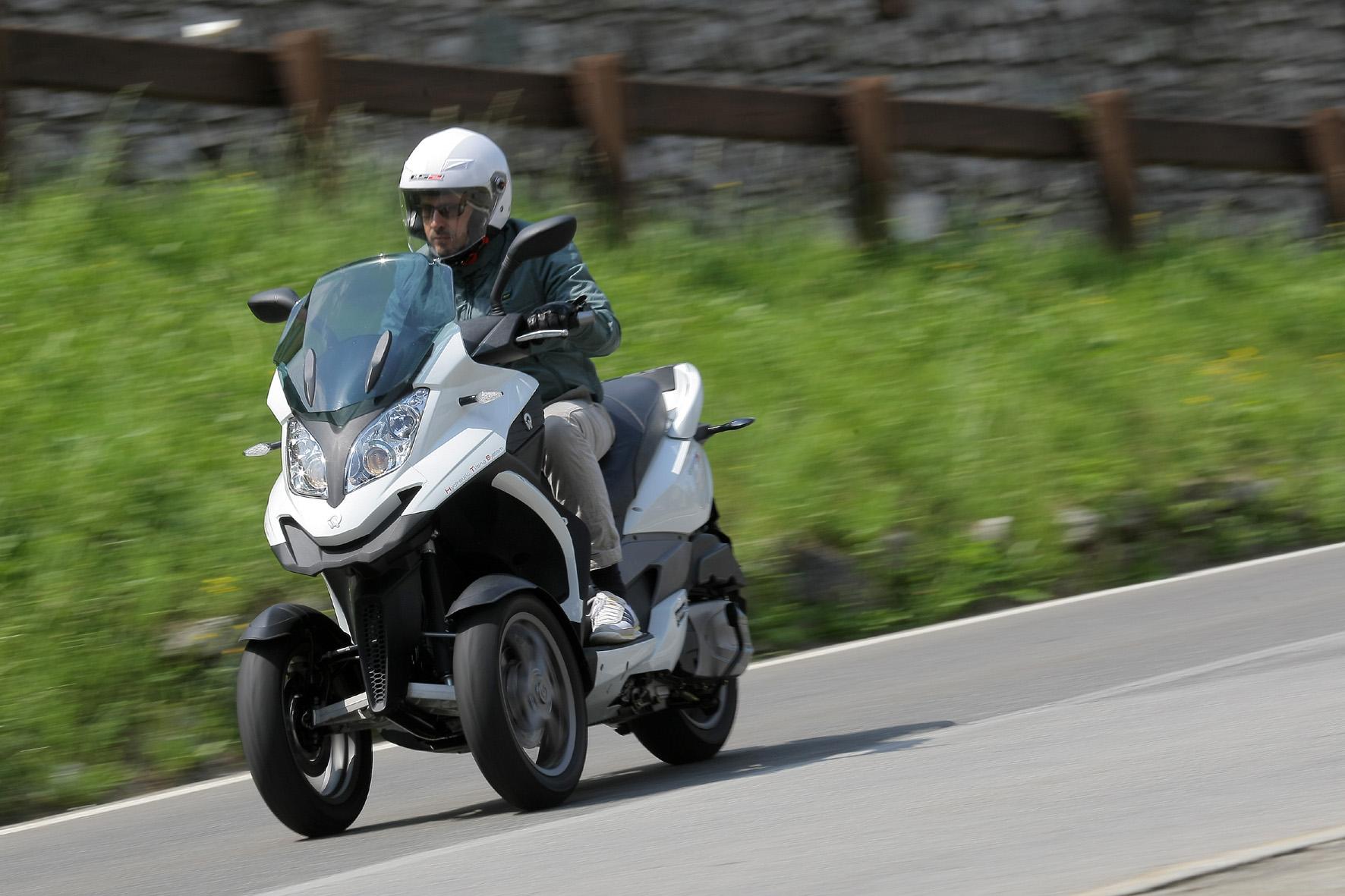 Schräge Sache: der Dreirad-Roller Quadro 350 S